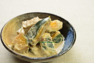 カボチャの豆腐胡麻クリーム煮